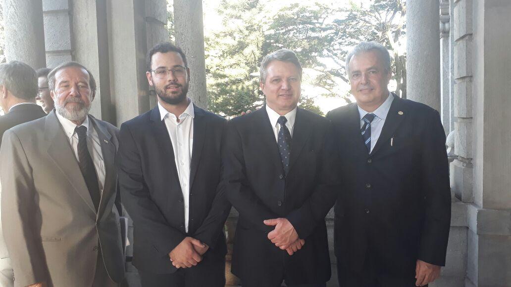 Governador oficializa convênio entre CEMIG e Amirt