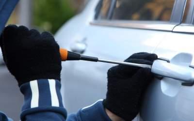 PM prende autores de furtos de carro em Itaúna