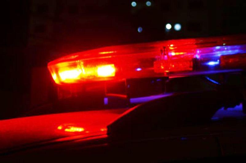 Taxista é assaltado em Carmópolis de Minas; assaltantes capotam o carro