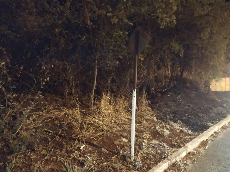 Pará de Minas: PM prende suspeitos de atear fogo em mata
