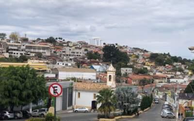 Oliveira: Frasco de vacina é encontrado em materiais recicláveis