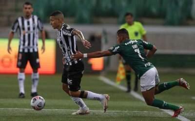 Atlético tenta quebrar série recorde do Palmeiras